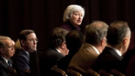 Janet Yellen speaking to an audience